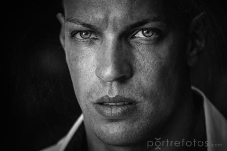ferfi_portre
