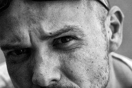 kemény férfi portré
